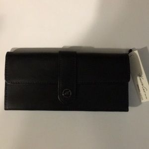 NWT Kenneth Cole Genuine Leather Wallet